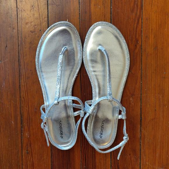 Xhilaration (Target) Silver Sparkly Sandals Size 8